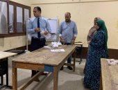 لجان البحر الأحمر تبدأ فى فرز أصوات الناخبين بعد انتهاء التصويت..صور وفيديو