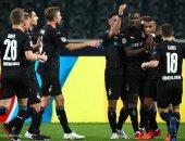 """مونشنجلادباخ ضد ريال مدريد.. الملكي يتأخر في الشوط الأول 1-0 """"فيديو"""""""