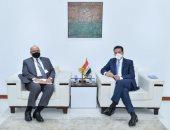رئيس الوزراء يترأس وفد مصر باجتماعات اللجنة العليا فى بغداد السبت المقبل