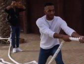 محمد رمضان بعد تغلبه على حيوان اللايجر: أول واحد يكسبه وأبطال عالم ماقدروش.. فيديو