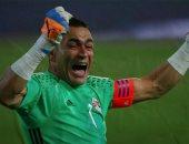 حساب كأس العالم يهنئ الحضري بعيد ميلاده الـ48 بأشهر تصدياته بمونديال روسيا