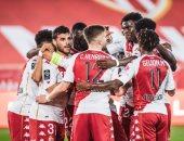 موناكو يفوز على نيس 2-1 في الدوري الفرنسي