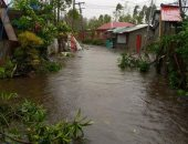 """غلق مطار مانيلا وإجلاء أكثر من مليون شخص بسبب إعصار """"جونى"""" فى الفلبين ..صور"""