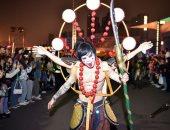 مدينة ووهان من بؤرة تفشى كورونا لمركز احتفالات الهالوين بالصين ..ألبوم صور
