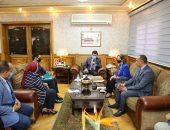 وزير الشباب يلتقى رئيس اللجنة الوطنية لمكافحة الهجرة غير الشرعية