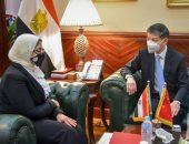 وزيرة الصحة تستقبل السفير الصينى بالقاهرة لبحث خطوات توفير لقاح فيروس كورونا