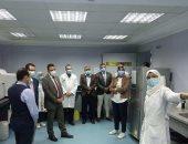 عضو الصحة العالمية يزور مستشفى حميات الأقصر لمتابعة تجهيزاتها لخدمة الأهالى.. صور