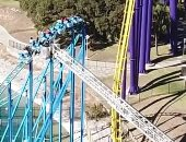 13 شخصا يواجهون الموت على ارتفاع 60 قدما لمدة 3 ساعات بأمريكا.. فيديو