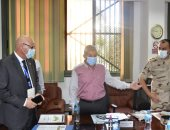 وفد مراقبي الانتخابات من جامعة الدول العربية يزور غرفة عمليات محافظة بورسعيد