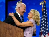 كيف تطورت علاقة جو بايدن وزوجته خلال 43 عاما من الزواج ؟ على الحلوة والمرة