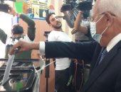 محافظ بورسعيد يدلى بصوته فى انتخابات مجلس النواب.. صور