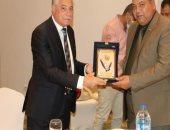 محافظ جنوب سيناء يكرم سكرتير عام المحافظة بمناسبة بلوغه سن المعاش