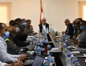وزير الإسكان يتابع موقف تنفيذ مشروعات المرحلة الأولى بالعاصمة الإدارية الجديدة