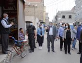 محافظ دمياط تتفقد مشروع الإسكان الاجتماعى بمدينة عزبة البرج