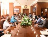 محافظ بورسعيد يتابع الاستعدادات النهائية لافتتاح البازار الجديد بحى العرب