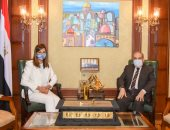 """وزيرة الهجرة تستقبل وزير الإنتاج الحربي استعدادا لمؤتمر """"مصر تستطيع بالصناعة"""""""