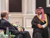 خالد بن سلمان يبحث مع المبعوث الأمريكى لإيران مهددات الأمن الإقليمى