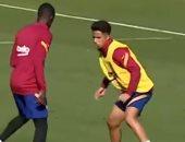 كبارى ومراوغات رائعة فى تدريبات برشلونة الإسباني بطلها عثمان ديمبيلي.. فيديو وصور