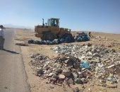 رفع 30 طن قمامة ومخلفات من شوارع حى شمال الغردقة