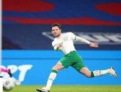 اكتشاف إصابة لاعب أيرلندا بكورونا بعد مشاركته فى 90 دقيقة أمام إنجلترا