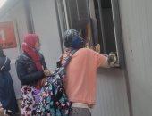 مدرسة خاصة بأوسيم تستبدل الفصول بكرفانات.. والتعليم تشكل لجنة للمعاينة.. صور