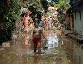 """صور.. 39 قتيلا و22 مفقودا بسبب إعصار """"فامكو"""" فى الفلبين"""
