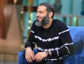 """محمد فراج: """"بغسل المواعين والهدوم لنفسى وتعلمت الطبخ وقت كورونا"""".. صور"""