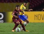"""البرازيل ضد فنزويلا.. شوط أول سلبى و""""فار"""" يحرم السيليساو من هدف"""