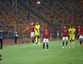 """60 دقيقة.. منتخب مصر يتقدم بـ""""الثلاثة"""" على توجو.. فيديو"""