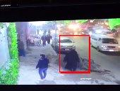 فيديو يرصد سفاح الجيزة مرتديا نقاب عقب سرقة مجوهرات زوجته بالإسكندرية
