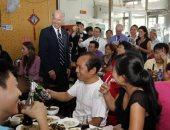 صينيون يقبلون على مطعم زاره جو بايدن عام 2011 لتجربة ما تناوله منذ 9 سنوات