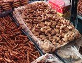 إعدام طن و200 كجم أغذية فاسدة خلال حملة بمنيا القمح فى الشرقية