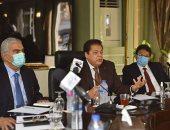 أبو العينين خلال رئاسته لاجتماع شعبة المستثمرين: مصر قادرة على زيادة استثماراتها بدعم القيادة السياسية