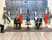 الرئيس الإسرائيلى يشيد بالمواقف الشجاعة لملك البحرين فى تحقيق السلام