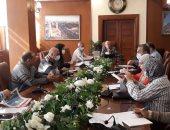 محافظ بورسعيد يتابع الموقف التنفيذى لمشروعات الصرف الصحى