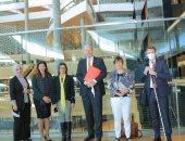 صور.. سفير المملكة الهولندية يزور مكتبة الإسكندرية