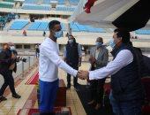 وزير الرياضة يشهد تحطيم رقم قياسى جديد لأعلى قفزة خارج الماء
