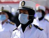 الشرطة النسائية تساعد كبار السن والمرضى في جولة إعادة المرحلة الأولى