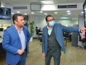 الإعلامى أحمد بشتو يشرف على تدريب مذيعى النشرات ومراسلى تليفزيون اليوم السابع