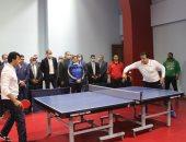 وزير التعليم العالي يشهد انطلاق دوري الوزارات ويشارك في مباراة استعراضية.. صور