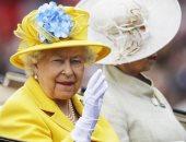 تعرف على سر ارتداء الملكة إليزابيث للقفازات خلال 42 سفرية لها حول العالم