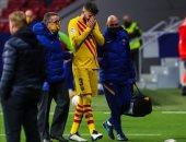 برشلونة يكشف عن حجم إصابة بيكيه وربيرتو بعد موقعة أتلتيكو مدريد