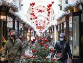 كريسماس استثنائى بسبب كورونا ..استعدادات عيد الميلاد فى أوروبا وأمريكا.. ألبوم صور