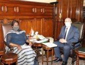 وزير الزراعة يبحث مع نظيرته فى جنوب السودان آفاق التعاون الزراعى بين البلدين