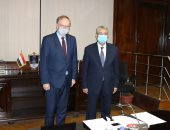 وزير الكهرباء يستقبل سفير الاتحاد الأوروبى بالقاهرة لبحث التعاون بين البلدين