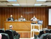 محافظ أسوان يعلن إنهاء 47% من الطريق الإقليمى الدائرى الشرقى