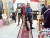 ذوو الإعاقة بسوهاج يشاركون فى انتخابات مجلس النواب بكثافة.. صور