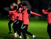 ليفربول ضد أتالانتا.. غياب فيرمينو ومشاركة محمد صلاح بالتدريبات الأخيرة