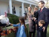 إيفانكا ترامب تستعيد ذكريات عيد الشكر العام الماضى في البيت الأبيض.. صور