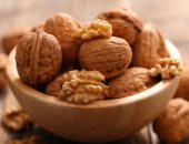 دراسة: تناول وجبة خفيفة من الجوز تحمى من الإصابة بالزهايمر وأمراض القلب